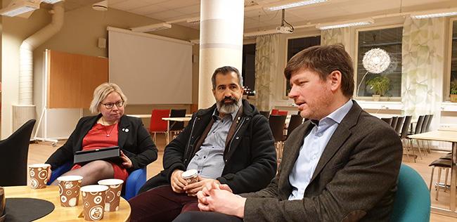 Riksdagsledamöter från centern besökte Utbildning Nord